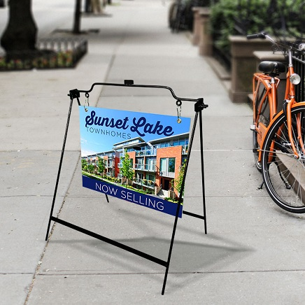 https://www.sswprinting.com/images/products_gallery_images/large_sidewalk_signs-02.jpg
